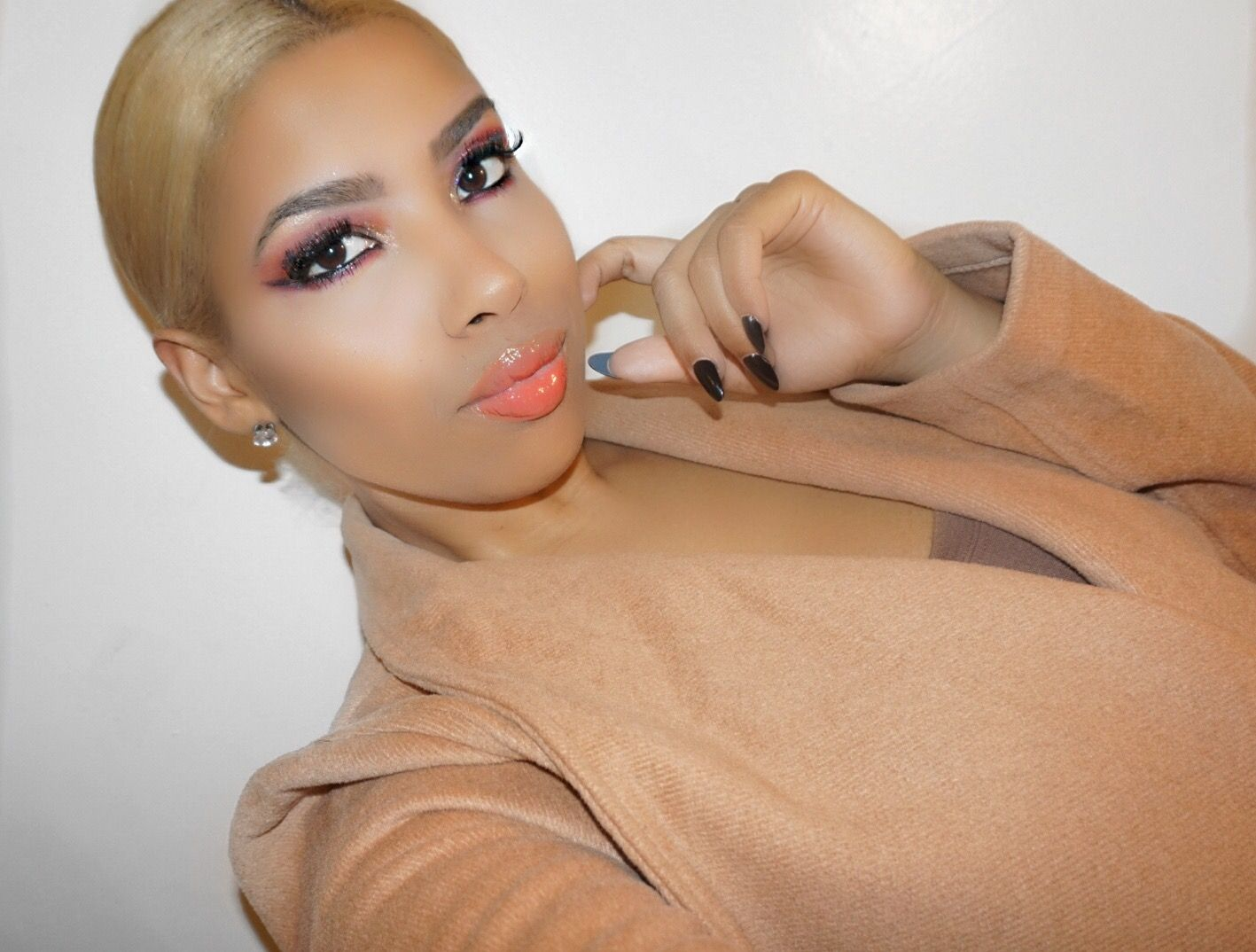 Look of the Week: Peachy & Pink Vibes with Too Faced Peach Palette
